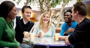 stress verminderen werk vrienden 300x161 Stress Verminderen Door Vrienden te Maken op Je Werk: 6 tips